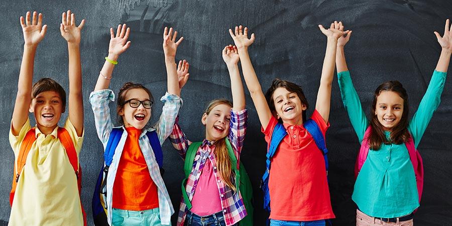uczniowie wycieczka szkolna