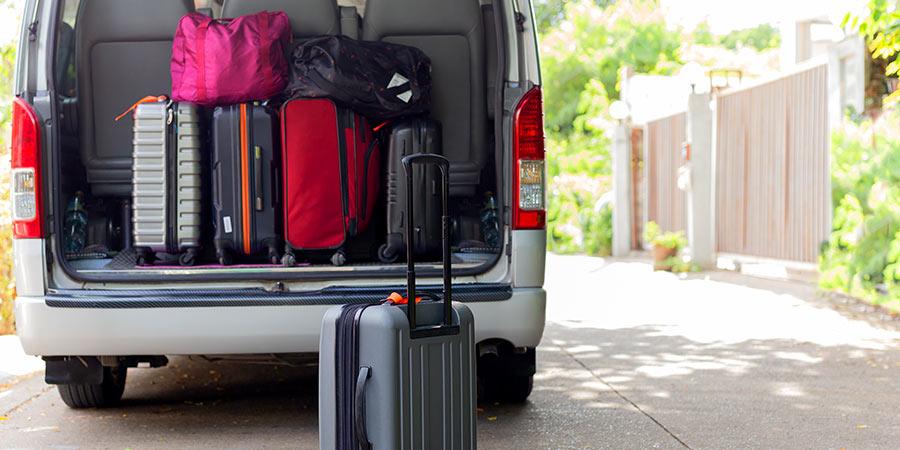 wynajem busów bagażnik