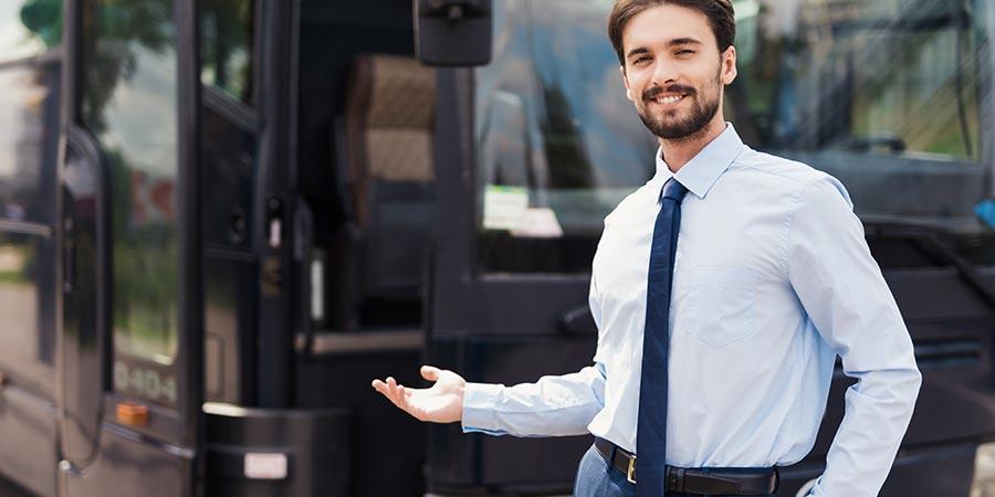 Kierowca autobusu wycieczkowego